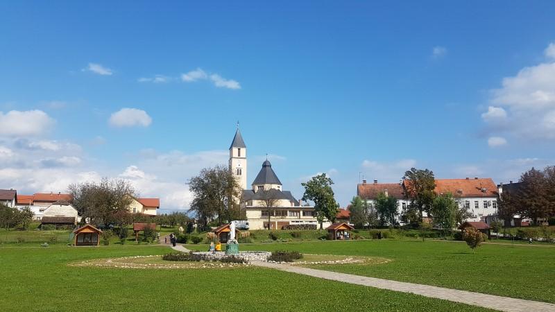 Hodočašće vjeroučitelja i odgojitelja u vjeri Zagrebačke nadbiskupije u Krašić