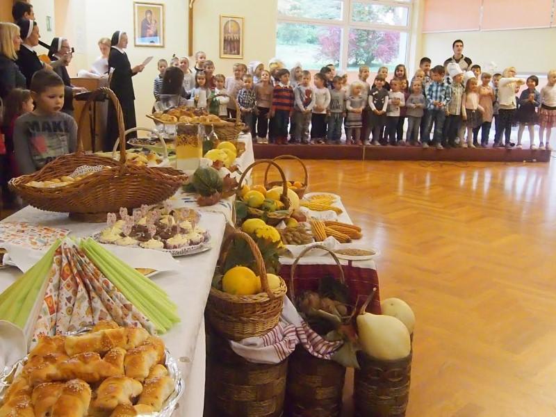 Dan zahvalnosti za plodove zemlje i blagoslov kruha